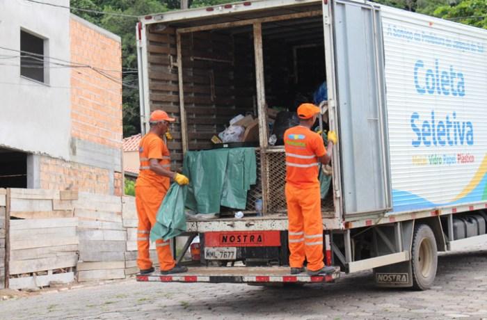 Motorista embriagado colide com caminhão da coleta de lixo em Jaraguá