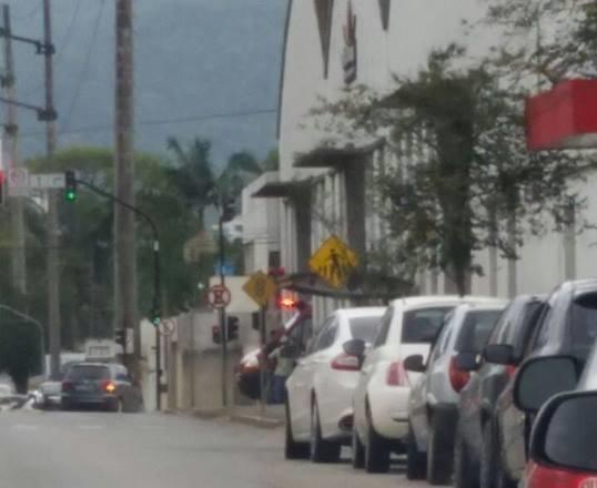 Homem é atropelado na rua Expedicionário Antônio Carlos Ferreira e outras ocorrências em Jaraguá