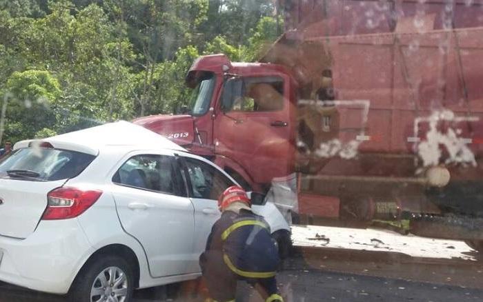 Mulher morre em acidente na BR-280, em Guaramirim