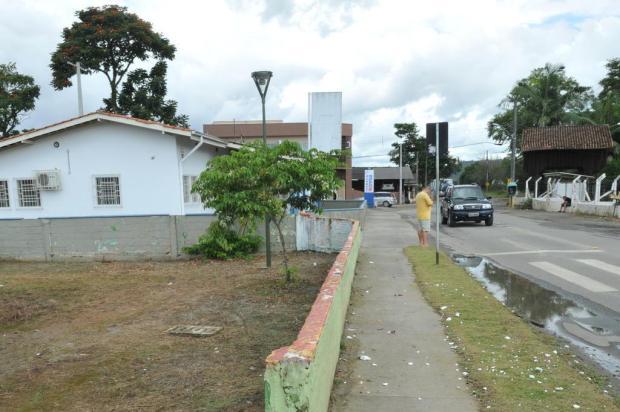 Corpo de jovem decapitado é sepultado em Joinville