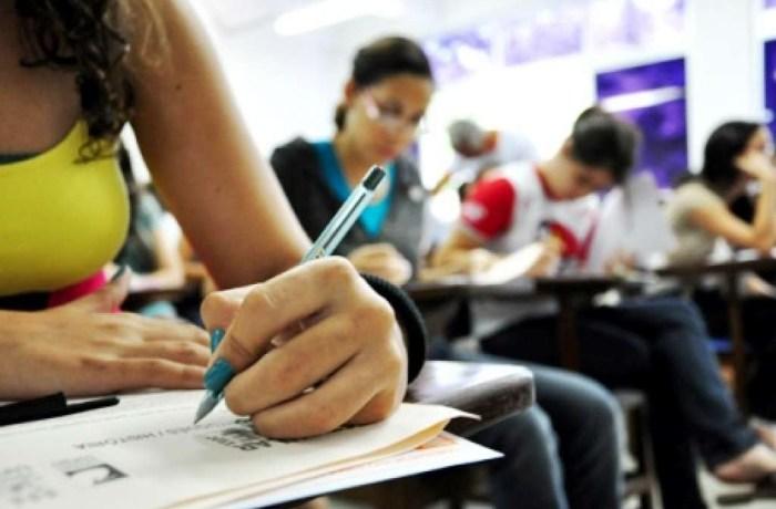 Enem: candidato com 18 anos ou mais sem ensino médio não precisa ser treineiro