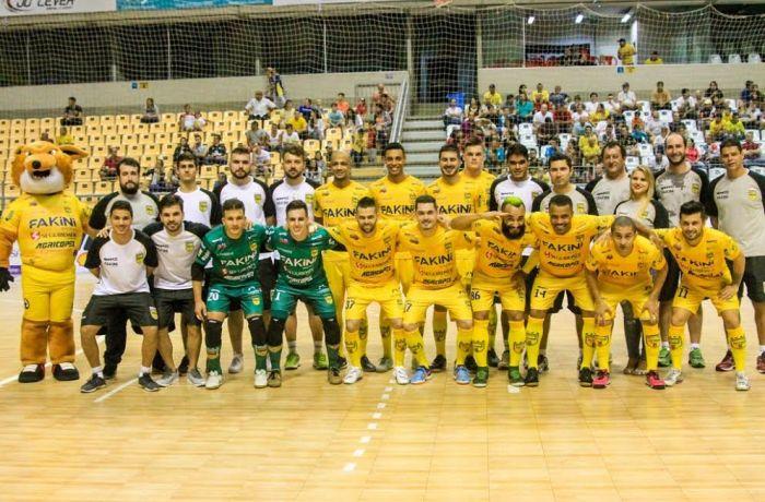 Jaraguá Futsal joga buscando os primeiros lugares