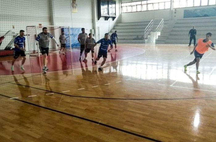 Jaraguá Futsal defende a liderança fora de casa