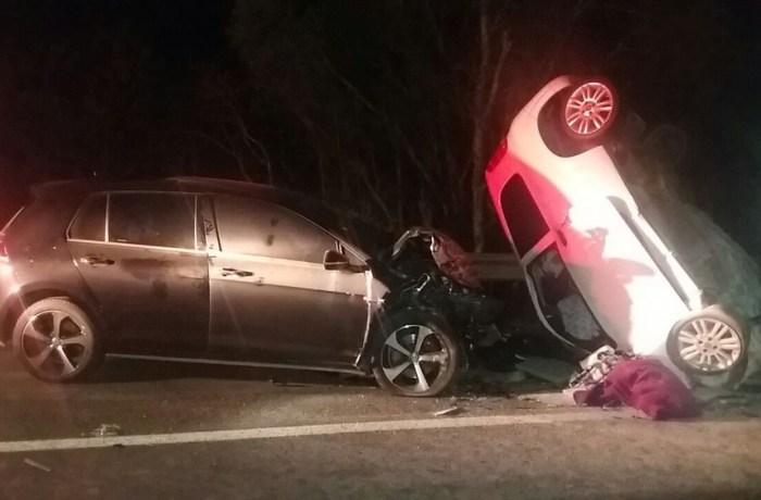 Casal morre após veículo fazer ultrapassagem em SC