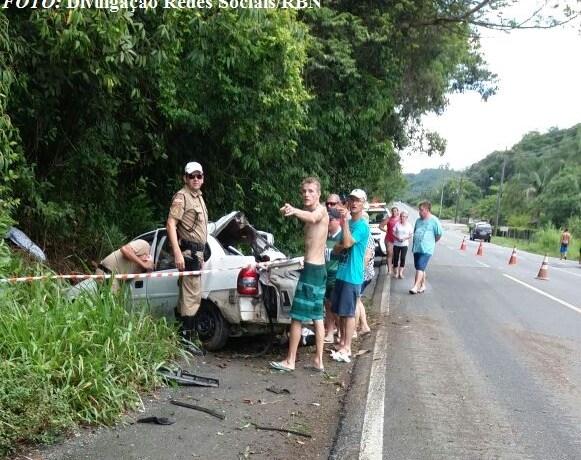 Duas crianças morrem em acidente envolvendo carro de Jaraguá do Sul na SC-108
