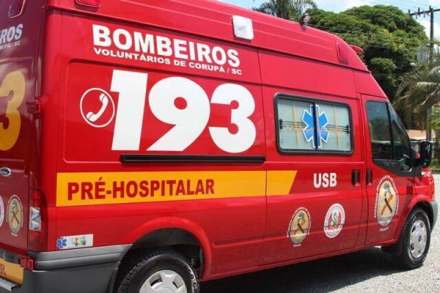 Carro com placa de Guaramirim pega fogo na BR-280