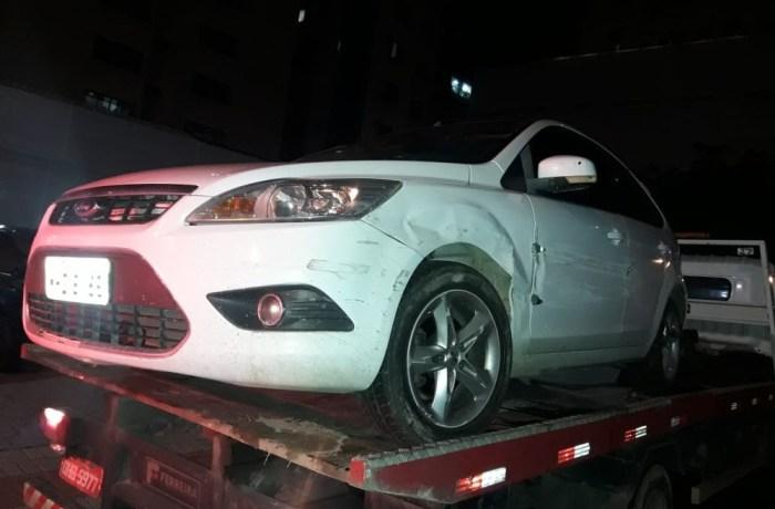 Após roubo de carro e perseguição, suspeito é morto por PM à paisana em SC