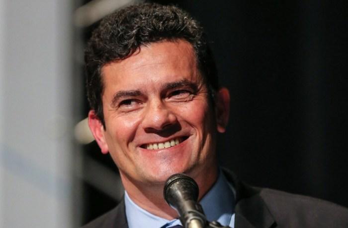 Presidente do TRF4 assina exoneração de Sergio Moro