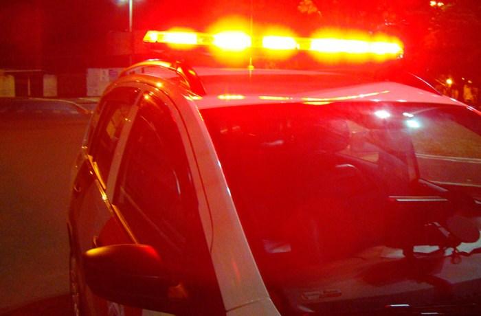 Mulher e filho são assaltados dentro de casa em Corupá