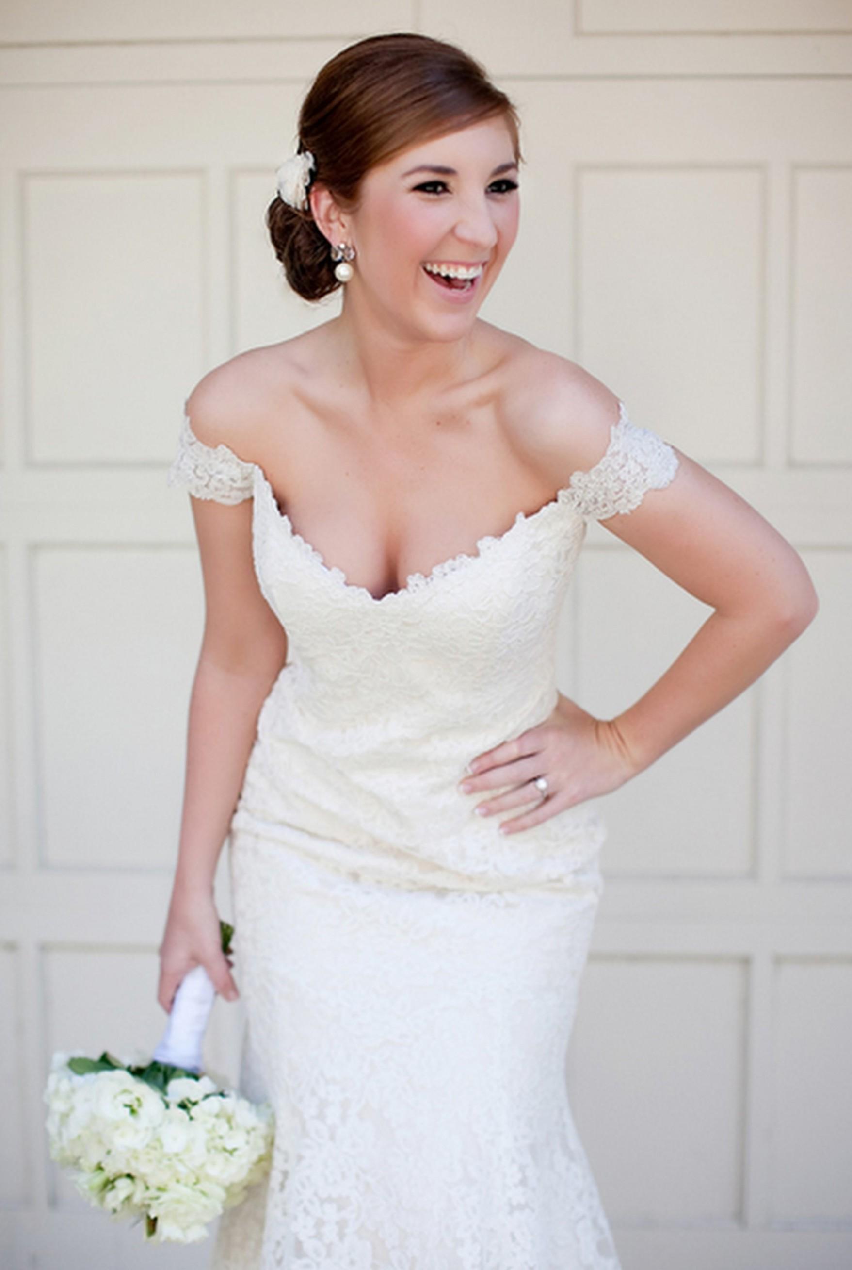 off the shoulder cap sleeve wedding dress cap sleeve wedding dress off the shoulder cap sleeve wedding dress