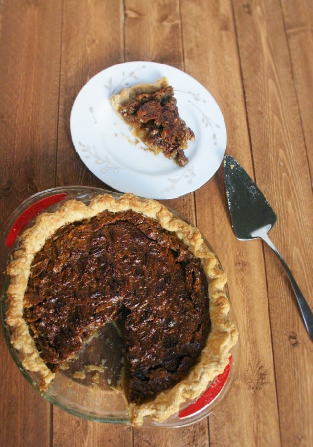 Old-Fashioned Pecan Pie - Ready to Yumble