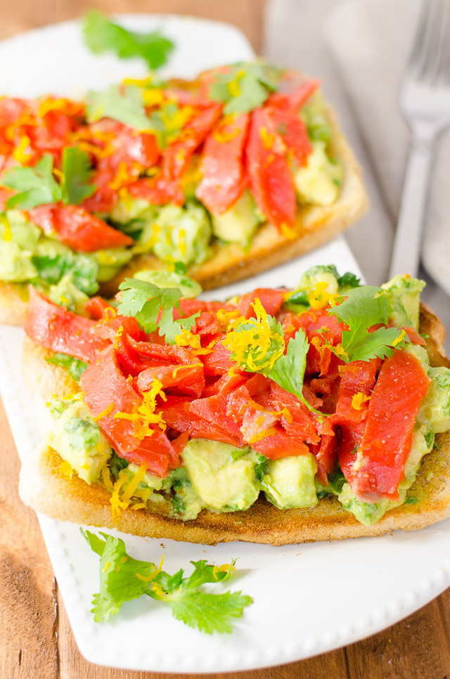 This open-face smoked salmon and avocado sandwich combines salty ...