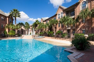Houston multifamily projects are sold.