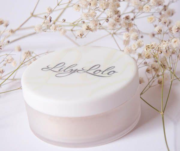El envase de los maquillajes minerales de Lily Lolo