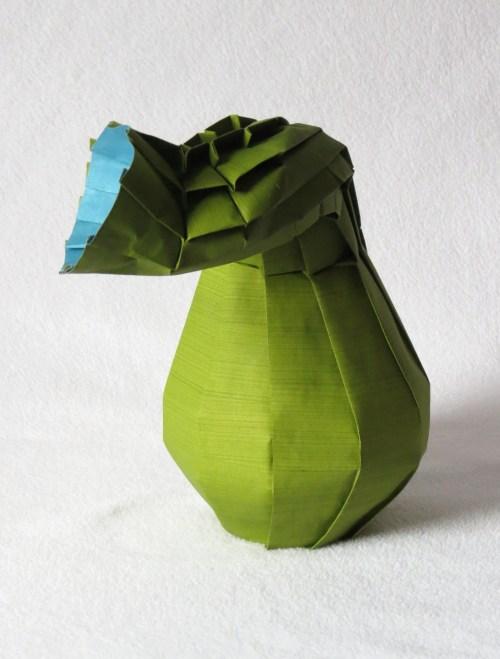 Curved-neck vase (side view)