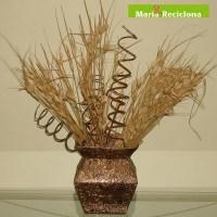 Como fazer Vasos com Caixinhas de Leite Recicladas