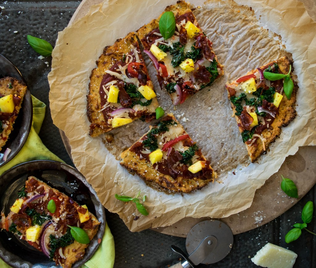 Cauliflower Crust Hawaiian Pizza with Crispy Prosciutto, Kale, and ...
