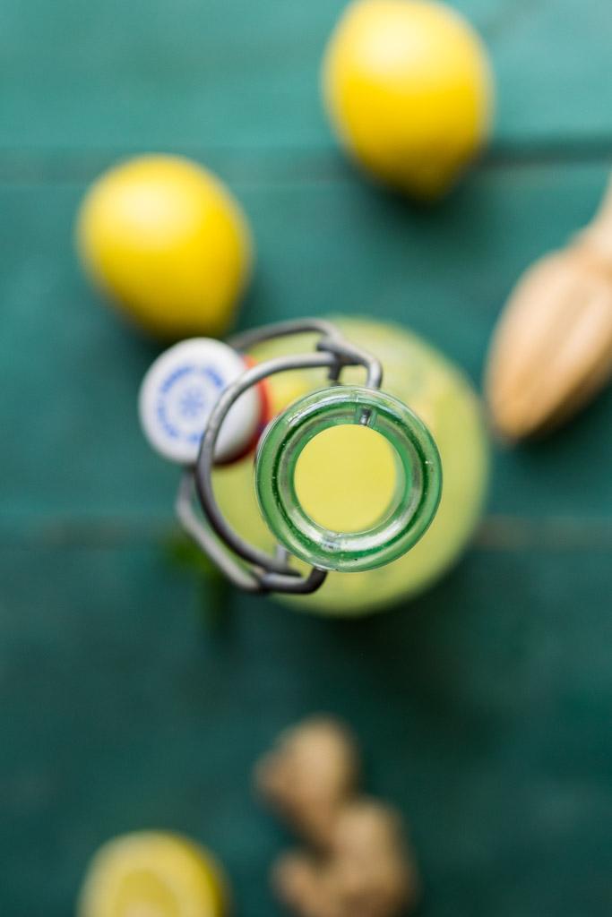 Sparkling Ginger Turmeric Lemonade | Reclaiming Yesterday