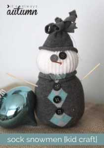 sock-snowmen-snowman-easy-DIY-craft-christmas