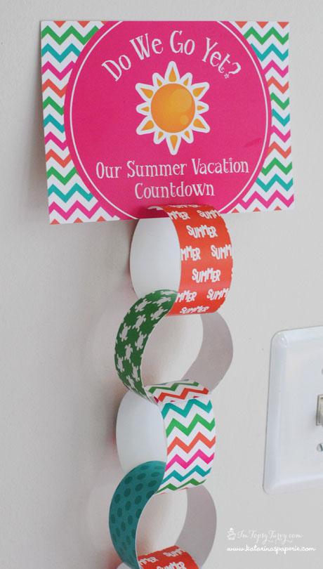 Paper ring countdown calendar