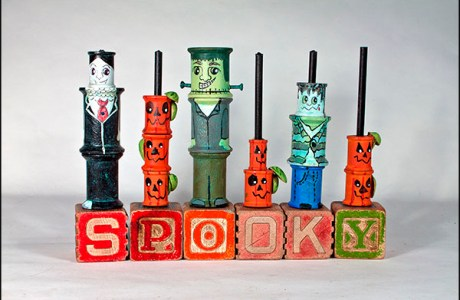 How to make a Spooky spool Halloween decoration