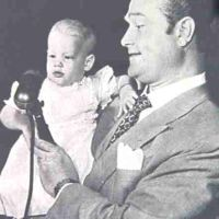 Red Skelton, father of 7-pound daughter