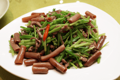 Stir-Fried Sea Intestine with Celery and Pork