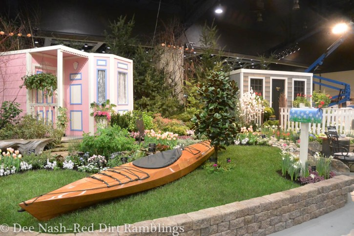 From Sea to Shining Sea, created by Fancy Plants Gardens, Inc. and designed by James Sprague, CPH.