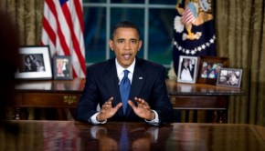 Obama_oval-bp_PS-0974