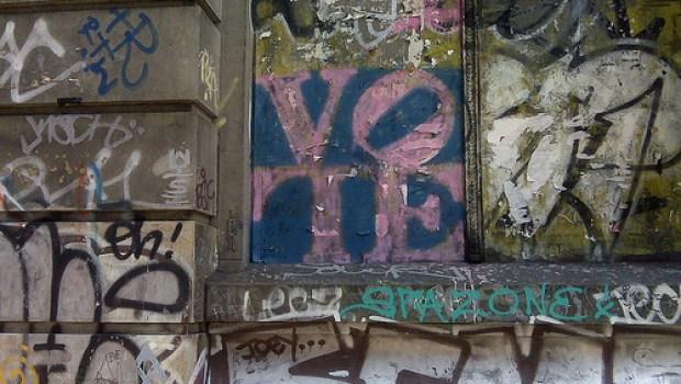 vote-grafitti-karlo