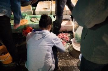 ...a także market rybny, tuż za rogiem od naszego hostelu...