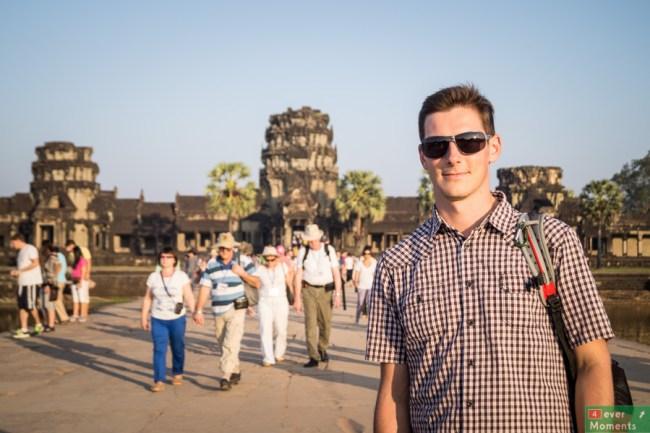 Olo przy wejściu do Angkor Wat