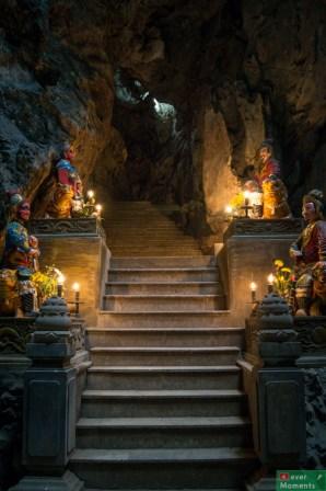Jaskinia w Górach Marmurowych