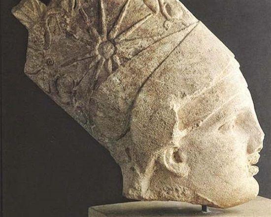 La cabeza del Rey Antíoco y el momento de su expoliación.