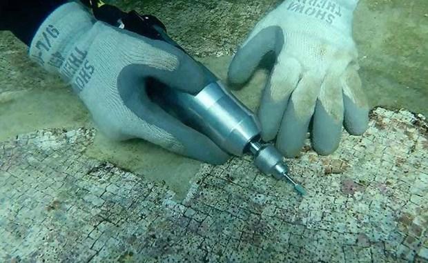 Investigadores estudian el origen del mármol blanco del Parque Arqueológico Submarino de Baja.