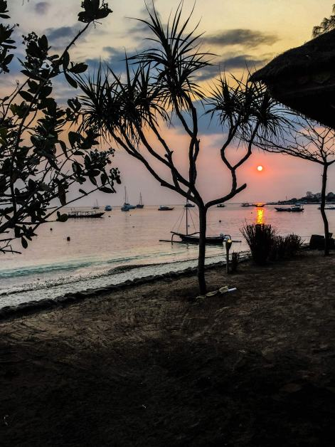 sunset-beach-view-gili-air
