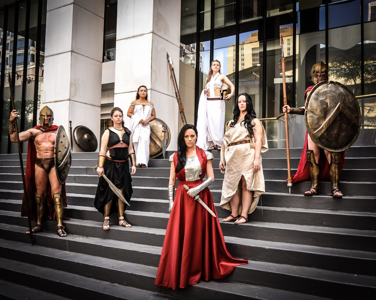 Costuming Artemisia from 300: Rise of an Empire