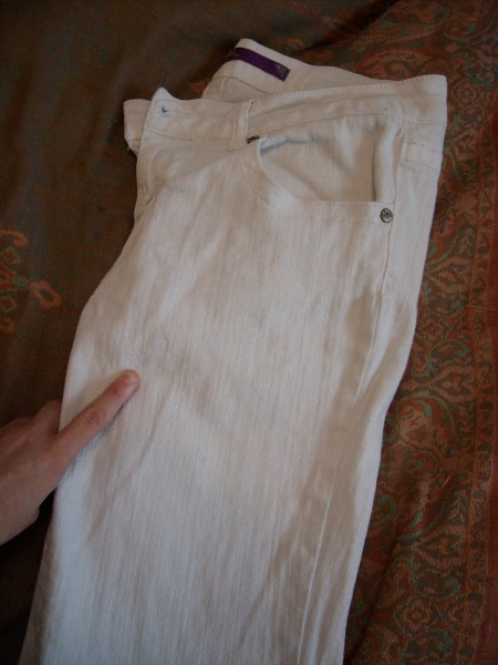 Day 18 wine not jeans refashionista for Dingy white t shirts