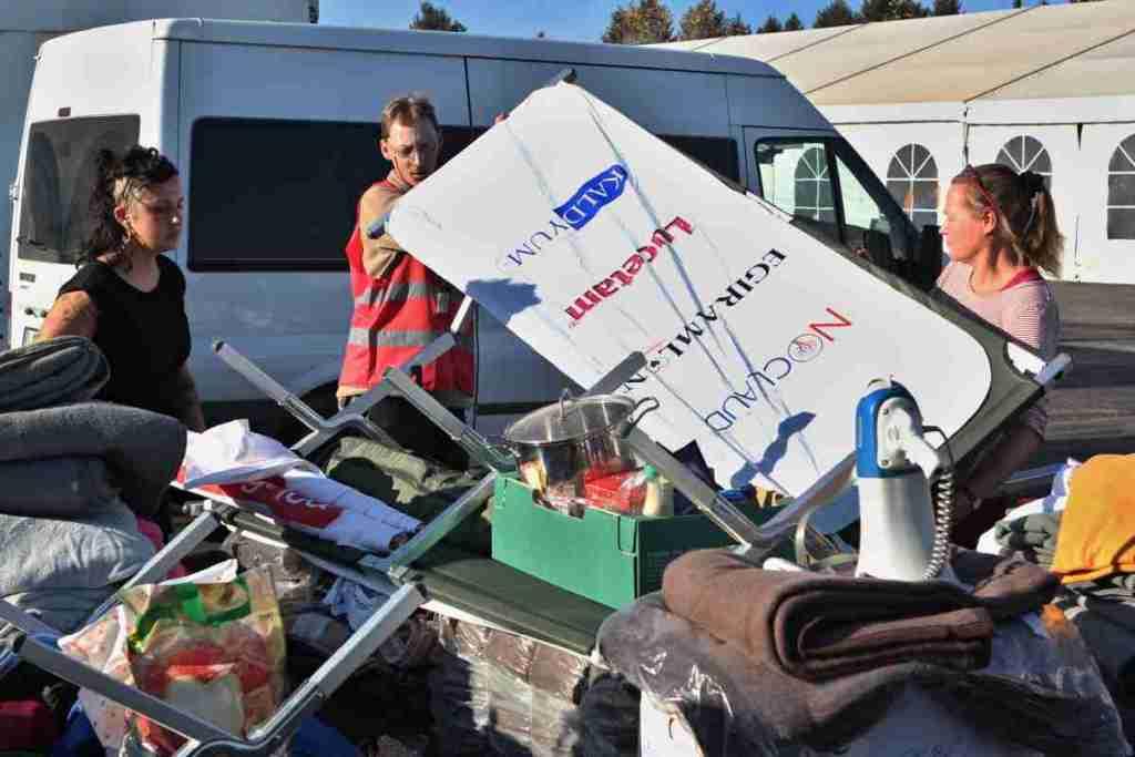 Sortieren und Transport von Hilfsutensilien