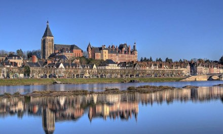 Y vre le ch tel 45 plus beau village de france for Region du loiret
