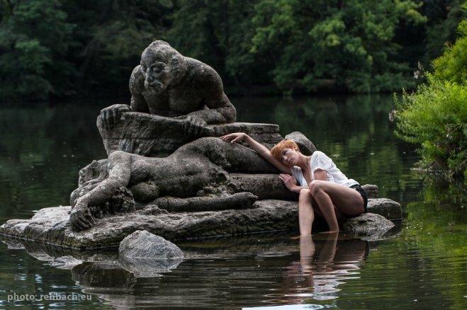 Nancy Markmann - Portraitfoto im Treptower Park, Berlin