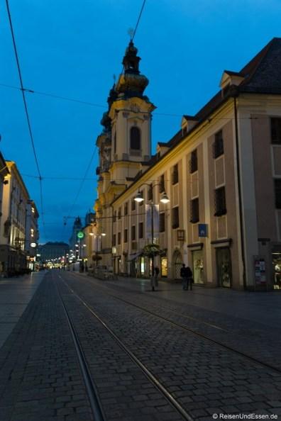 Schmidtorstrasse in Linz bei Nacht
