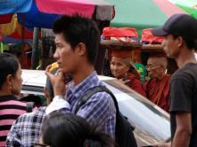 Yangoon: Straßenbild