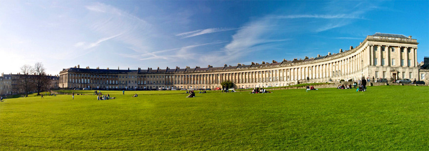 Bath: The Royal Crescent. © Dzul Sirozi