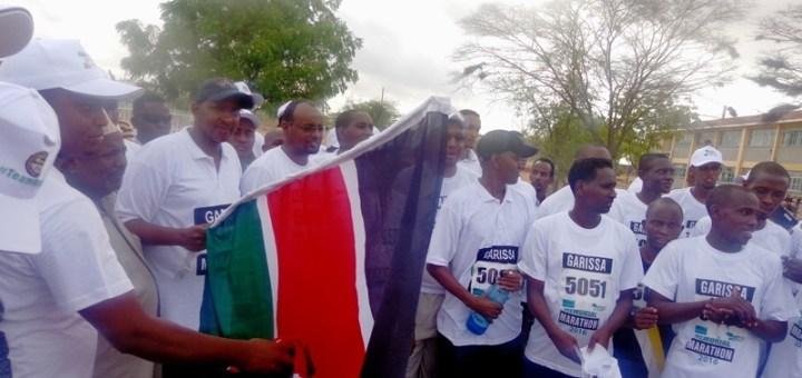 Kenya Parliament Majority leader , Aden Duale flagging off Garissa half marathon to  mark the first anniversary of Garissa University  College attack. [Photo: Abjata Khalif]