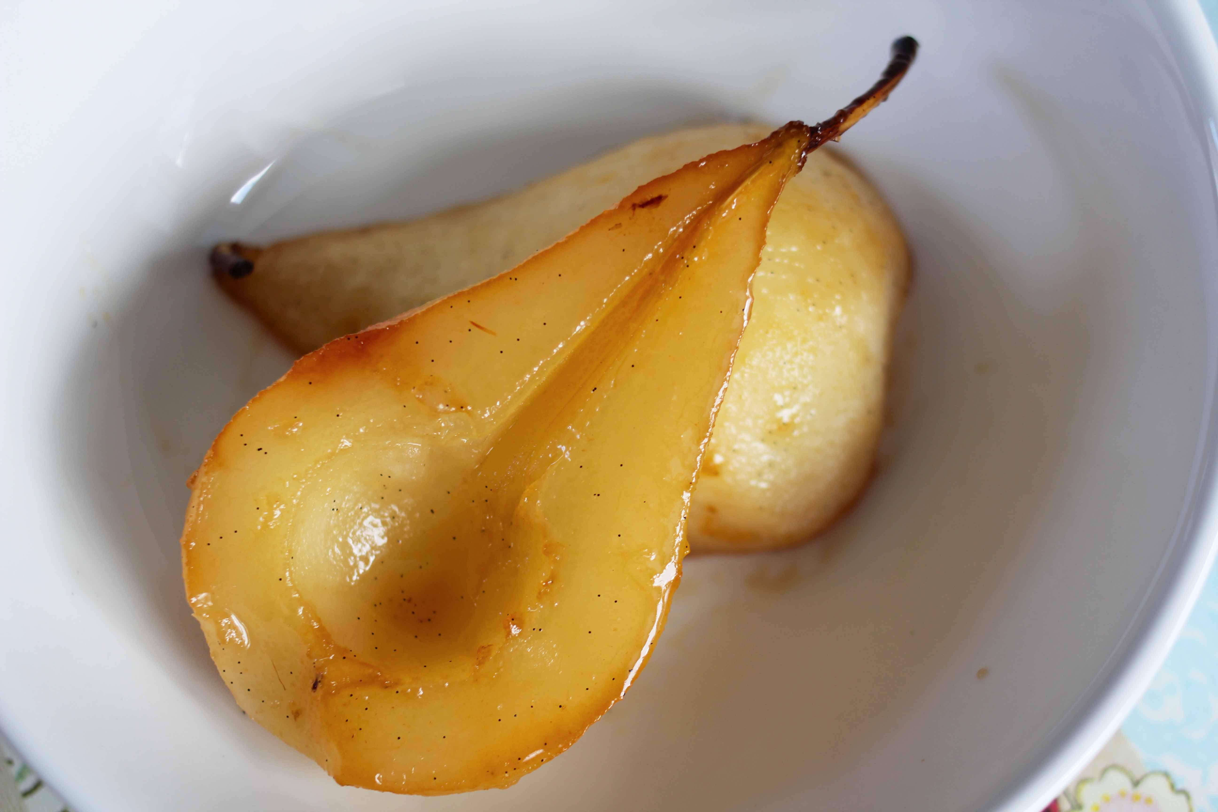 vanilla pears done close up