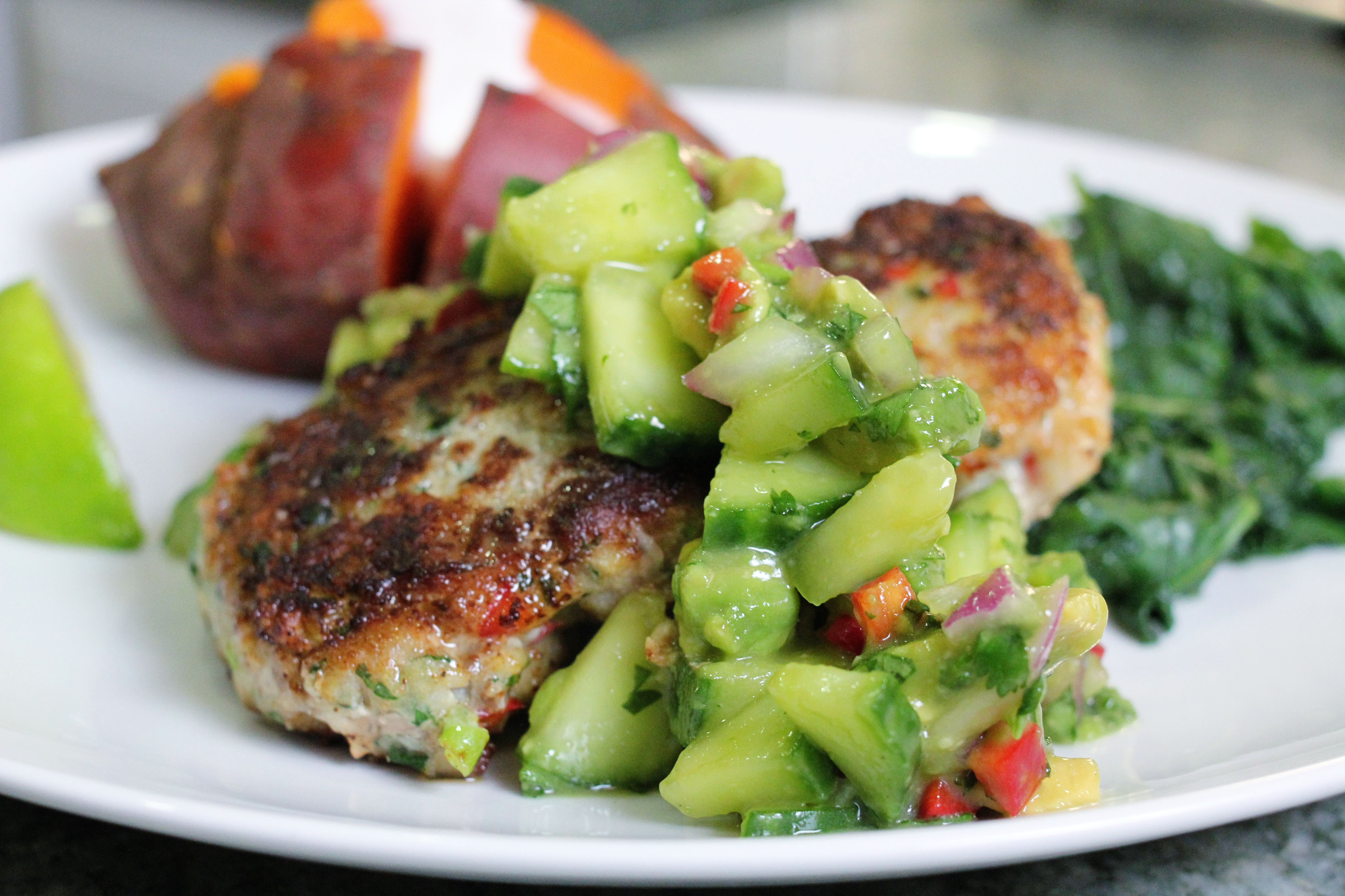 Thai Green Curry Cod Cakes With Avocado Cuber Relish