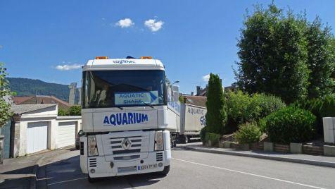 01 arrivée des camions spectacle aquatique (2)