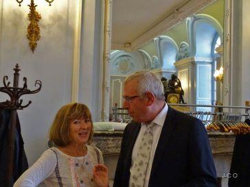 01 Me la Pr+®sidente et Mr le Maire