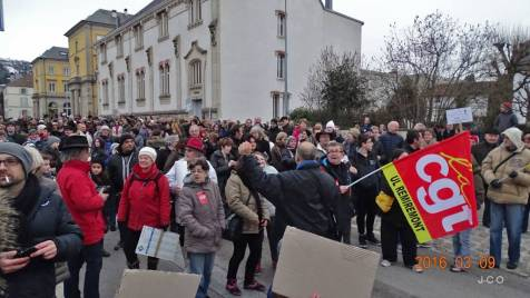 Manifestation Maintien Maternit+® +á Remiremonr (35)